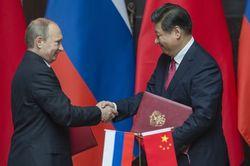 В Пекине Путину улыбались и поглядывали через его плечо на Сибирь – эксперты