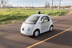 Google скоро запустит по Калифорнии беспилотные автомобили