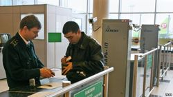 В России уничтожают продукты, привозимые пассажирами из Узбекистана