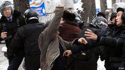 Узбекистан: милиция разгоняет торговцев на дневных рынках Сырдарьинской области