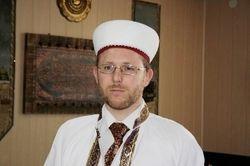 Муфтий в Facebook попросил мусульман не ехать в Украину воевать