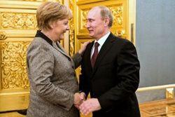 Запад забыл о «зверствах» Кремля, чтобы прижиться – WSJ