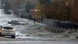 Из-за сильнейших осадков в Ростове-на-Дону рухнула стена жилого дома