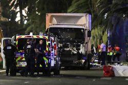 В Ницце произошел теракт – Олланд