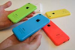 Apple показала, как iPhone 5c образуется из «жидкого пластика». Курс акций в ожидании продаж