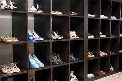 Названы самые популярные бренды и интернет-магазины обуви у россиян
