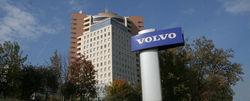 Volvo остановит производство машин в России