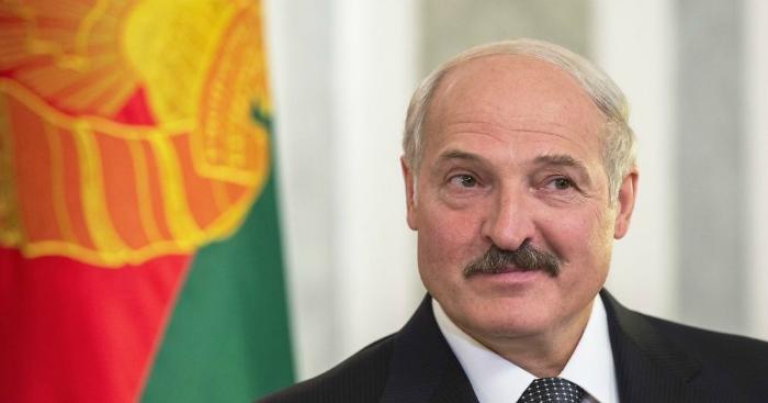 Лукашенко объявил, что Беларусь будет поставлять нефть изИрана через Украинское государство