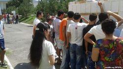 В Узбекистане сдать документы в ВУЗы сложнее, чем поступить