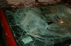 Неизвестные устроили засаду Автомайдану и разбили несколько авто