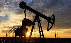 Впервые с апреля цена нефти Brent упала ниже 43 долларов за баррель