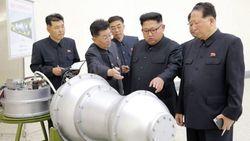 Ким Чен Ын в Институте ядерного оружия