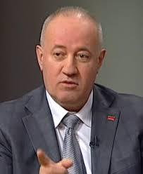 Оппозиция требует предоставить отстраненным Попову и Коряку госохрану
