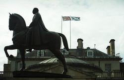 Лондон даст Шотландии больше автономии, если та останется в составе Британии