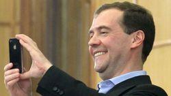 """""""Настоящий"""" Медведев просуществовал час – пока не зачистили атаку хакеров"""