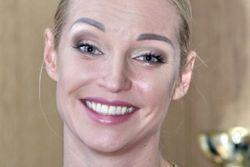 """PR в шоу-бизнесе: Волочкова """"настаивает"""" на том, что у нее есть любимый мужчина"""