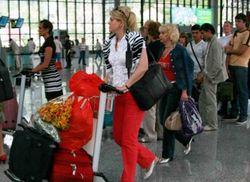 Туристы из Германии отказываются не только от поездок в Крым, но и в Россию