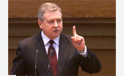 В проблемах экономики Беларуси вице-премьер Семашко винит Таможенный союз