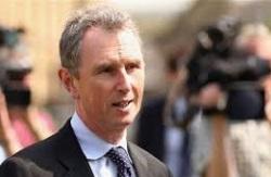 Насиловавший мужчин вице-спикер британского парламента ушел в отставку