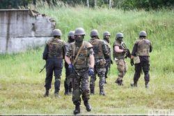 Советник Авакова: у власти есть 3 варианта по ситуации на Донбассе