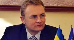 У дома мэра Львова взорвали гранату, метатель назвался «айдаровцем»