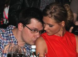 Адвокаты Гарика Харламова согласились, что его брак с Асмус недействителен