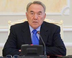 Назарбаев обещает, что курс тенге к доллару больше не снизится