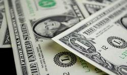Рубль закрыл торговую неделю снижением к доллару и евро