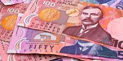 Новозеландец упал на 1,26% против курса доллара на Форекс после заседания Банка НЗ