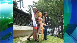 Суд огласил приговор за фото с секс-куклой у мемориала в Odnoklassniki.ru
