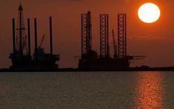 Удар по РФ: Обама снял запрет на поиски нефти в Атлантике