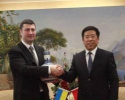 Китай готов инвестировать в украинскую еду, электронику и автомобили