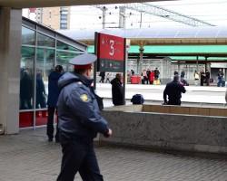 Опоздавший пассажир решил придержать поезд, сообщив о бомбе
