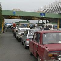 На белорусской границе скопилась масса российских автомобилей, желающих проехать в Украину