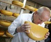 Россия и Украина договорились об окончании «сырной войны»