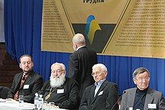В Киеве начал работу Национальный круглый стол