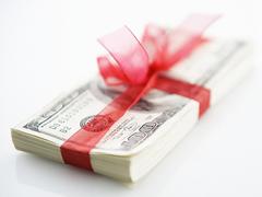 Сколько средств на премии госслужащим выделили в Литве?