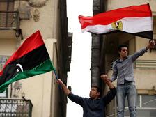 Силы Каддафи атаковали город после заключения перемирия