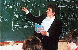 Литовские учителя готовят забастовку