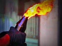 Злоумышленник поджег авто, стоявшее у прокуратуры Саратова