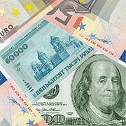Курс белорусского рубля временно укрепился к рублю, евро и франку
