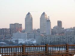 Днепропетровск хочет стать столицей Украины?