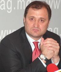 Молдовский премьер потребовал разобраться в ситуации на крупнейшем предприятии по производству хлеба