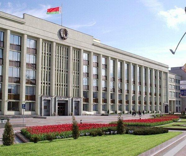 Губернатор Минской области призвал глав районов стать «доступнее»