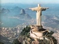 В Бразилии уволен третий за 2011 год министр-коррупционер