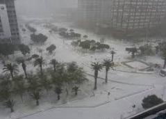 Чрезвычайное положение в ЮАР – Кейптаун засыпало снегом