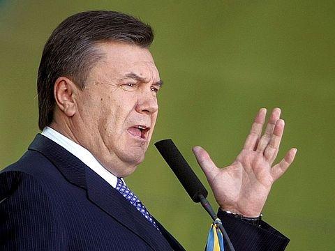 Янукович подал иск в суд ЕС против санкций Брюсселя