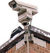 Прятаться от камер наблюдения - себе дороже