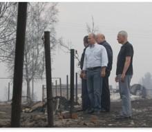 Путин не только руководит правительством, но и лично тушит пожары