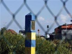 Иностранцы массово скупают в Украине алкоголь и конфеты